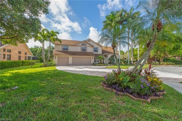 22 Carrotwood Ct