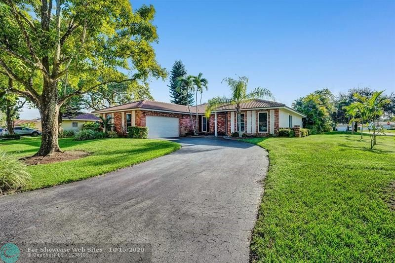 892 NW 83 Dr