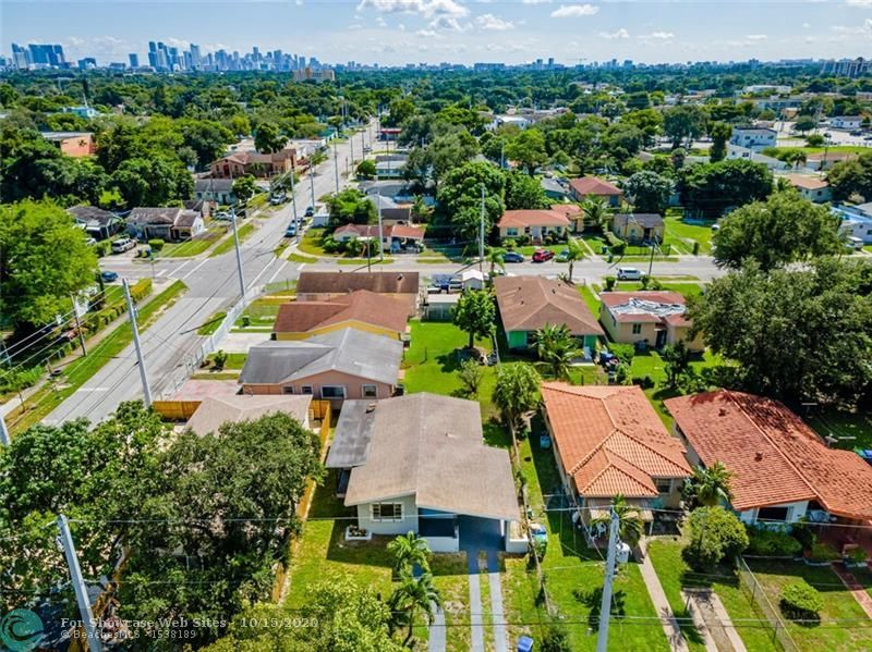 1106 NW 65th St