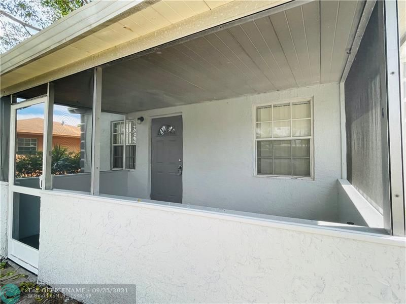 330 NW 20th Ave