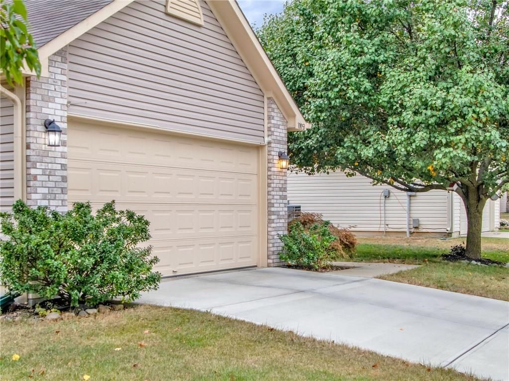 10053 Sundown Lane