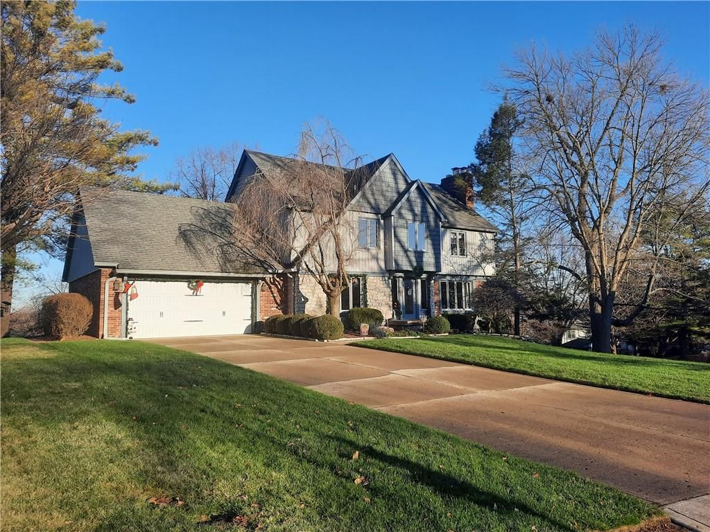 8327 Lookout Court