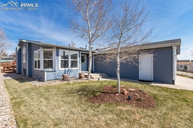 7671 Whiptail Point