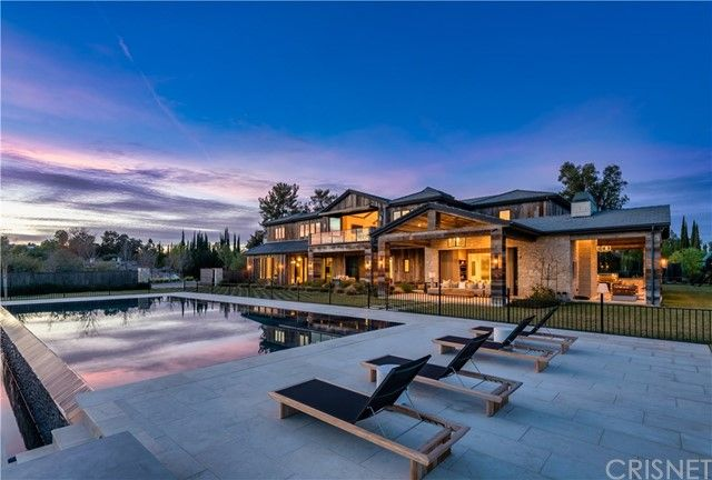 5521 Paradise Valley Road