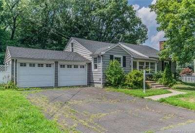 11 Hilltop Road Cheshire CT 06410