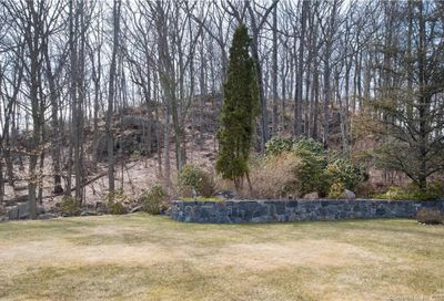26 Pequot Lane New Canaan CT 06840