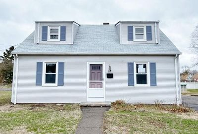 35 New Cheshire Road Meriden CT 06451