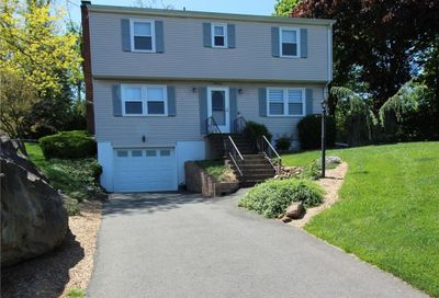 41 Brownstone Road Wallingford CT 06492