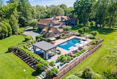 358 Lukes Wood Road South New Canaan CT 06840