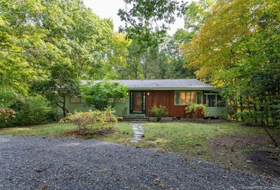 350 Hunting Lodge Road Mansfield CT 06268