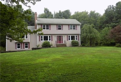 2 Fielding Woods Granby CT 06090