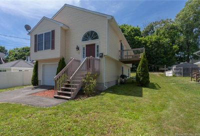 136 Peat Meadow Road New Haven CT 06513