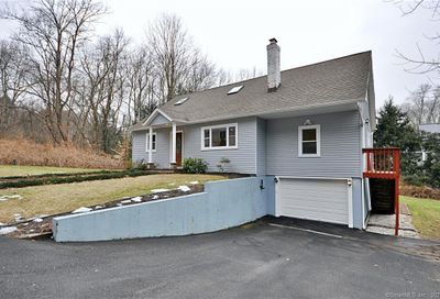 7 Mountain View Drive Newtown CT 06470