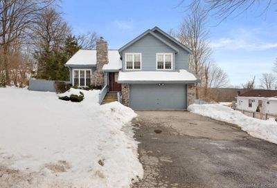 3 Ansonia Road New Fairfield CT 06812