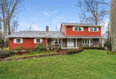 5 Chestnut Hill Drive New Fairfield CT 06812