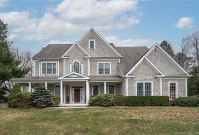 6 Rooster Ridge Newtown CT 06470