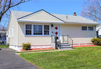 31 Compass Lane West Haven CT 06516
