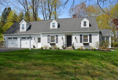 3 Schoolhouse Hill Road Newtown CT 06470