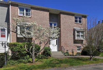 73 Carriage Drive 73 Milford CT 06460