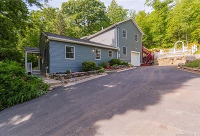 28 Rocky Hill Road New Fairfield CT 06812