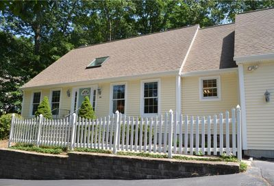 34 Yorkshire Drive Waterford CT 06385