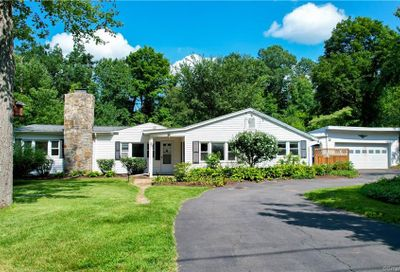 25 Old Turnpike Road Brookfield CT 06804