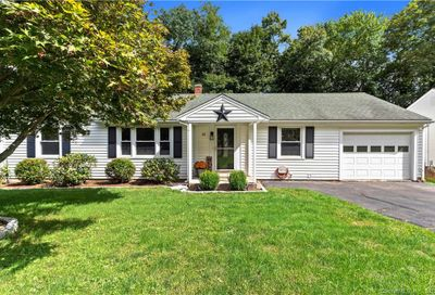35 Forest Road Wallingford CT 06492