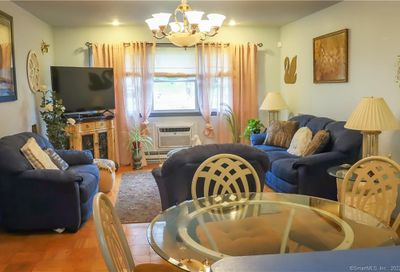40 Donna Drive B-12 New Haven CT 06513