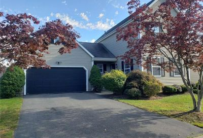 28 Rolling Green Middletown CT 06457