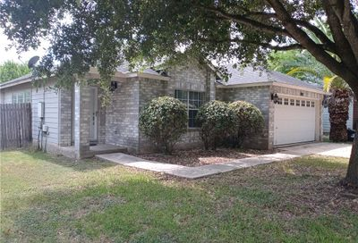 490 Whispering Hollow Drive Kyle TX 78640