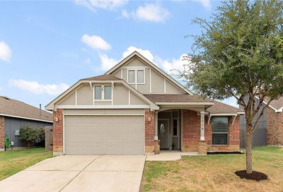 1516 Twin Cove Kyle TX 78640