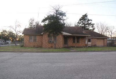 571 S Williamson Street Giddings TX 78942