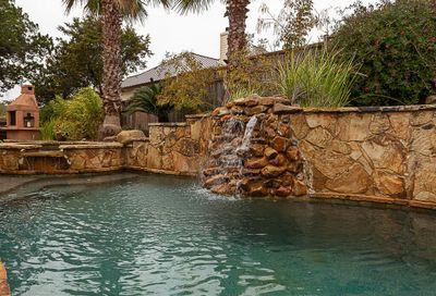 18402 Lakepoint Cove Point Venture TX 78645
