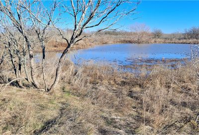 Tract B Cr 437 Court Thorndale TX 76577