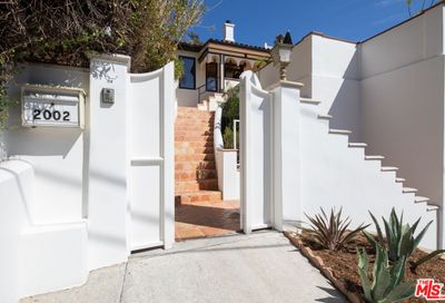 2002 Hillcrest Road Los Angeles CA 90068