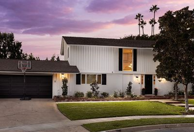 11141 Coventry Place North Tustin CA 92705