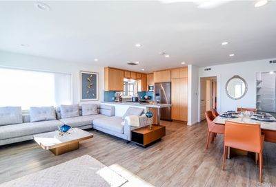 26 And 28 5th Place Long Beach CA 90802