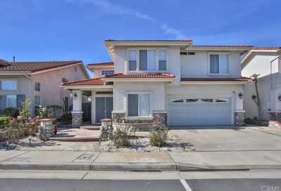 56 Sunset Circle Westminster CA 92683
