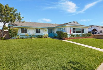 13642 Paysen Drive Westminster CA 92683