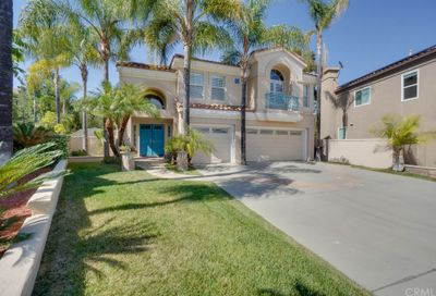 5 Bell Vista Lake Forest CA 92610