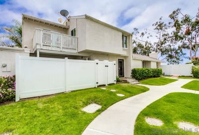 1063 Woodlake Dr Cardiff By The Sea CA 92007