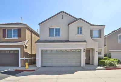 121 Rue Monet Lake Forest CA 92610