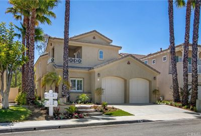34 Blanco Lake Forest CA 92610