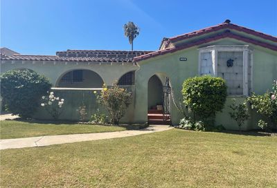 3528 W 74th Place Inglewood CA 90305