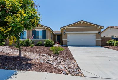 34786 Armstrong Road Winchester CA 92596