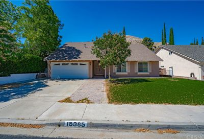 15385 Rhododendron Drive Canyon Country CA 91387
