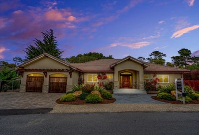 1070 Trappers Trail Pebble Beach CA 93953