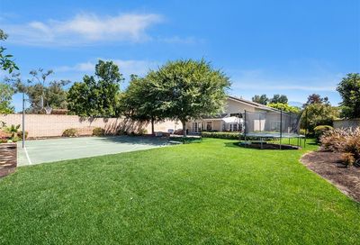 22061 Midcrest Drive Lake Forest CA 92630