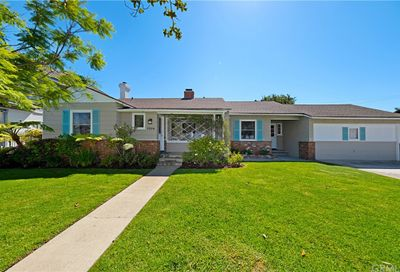 7576 Mcconnell Avenue Westchester CA 90045