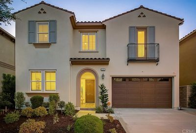 25 Swift Lake Forest CA 92630